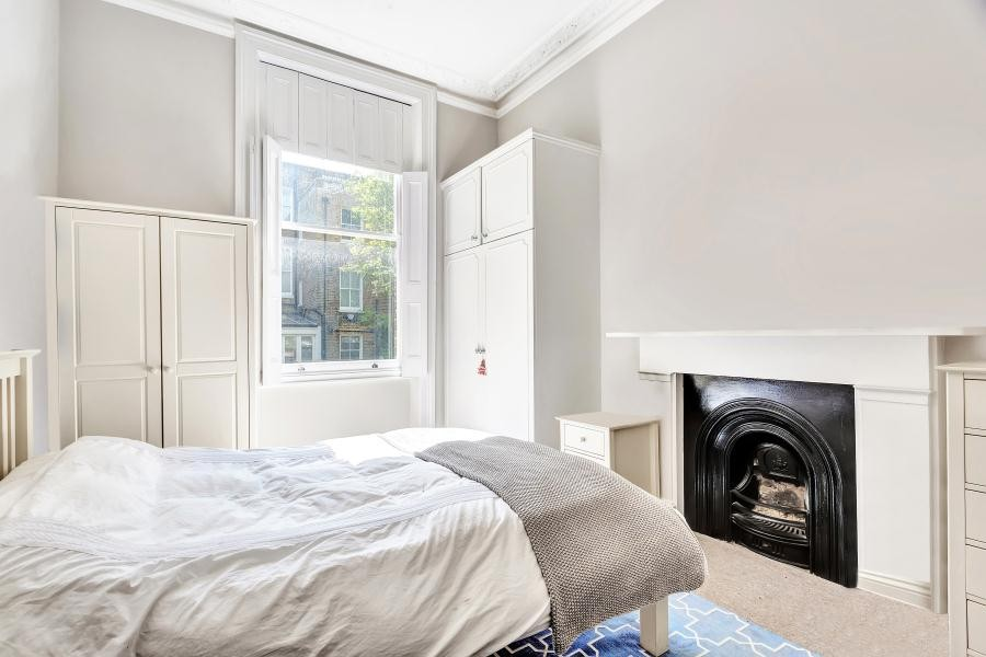 Images for FINBOROUGH ROAD, CHELSEA